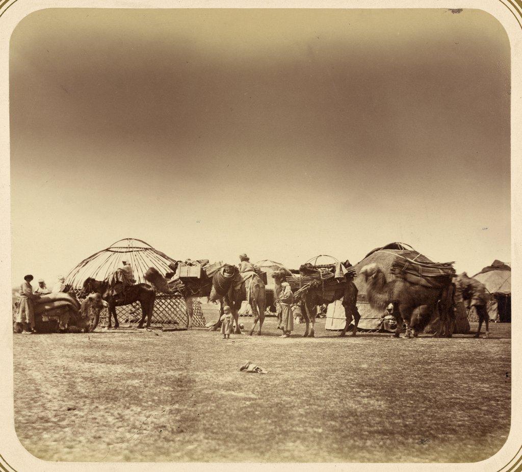 «Перекочевка киргизов». Снимки из «Туркестанского альбома»