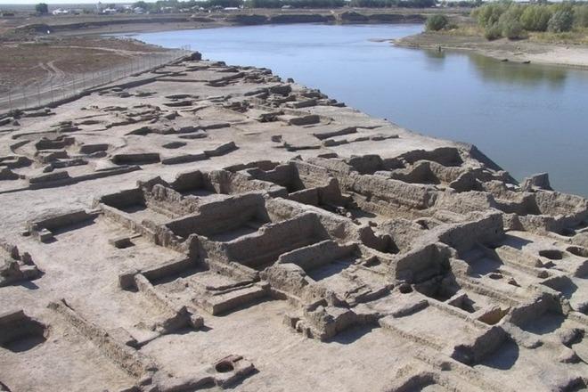 Древний город, где захоронены 7 казахских ханов