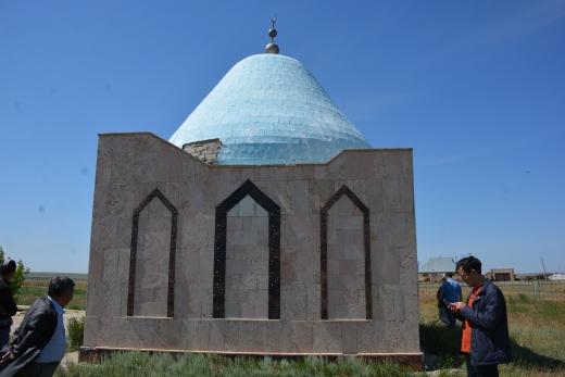 Мавзолей Мыржакыпа Дулатова вошел в список сакральных мест Казахстана