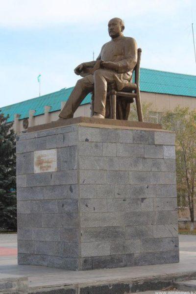 памятники-карабалыка-4