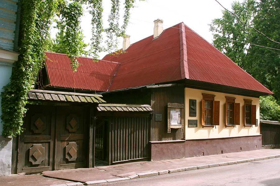 Тарас Шевченко: «Все мое богатство на Мангышлаке — это кровать без спинки, стол да табуретка»